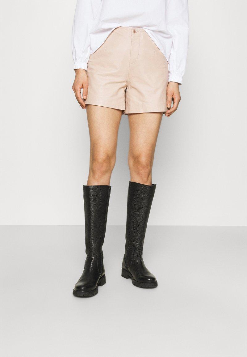 ALIGNE - CAGNEY  - Shorts - buttermilk