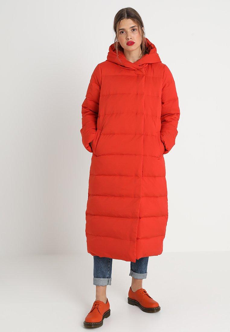 KIOMI - Down coat - orange
