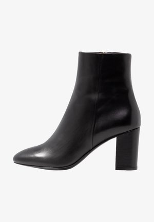 MIRANDA HIGH BOOTIE - Classic ankle boots - black