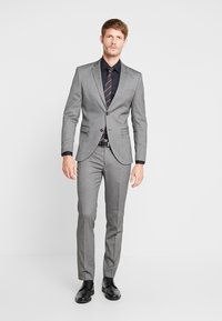 Selected Homme - SLHSLIM MYLOLOGAN SUIT - Oblek - dark grey melange - 0