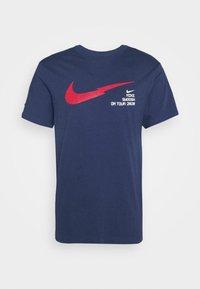 Nike Sportswear - Triko spotiskem - midnight navy - 3