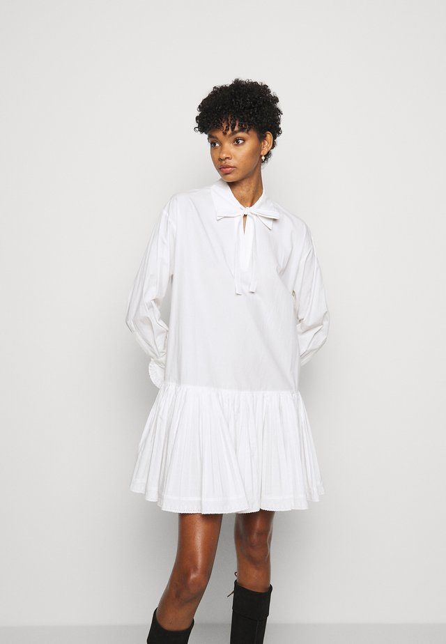Shirt dress - confident white