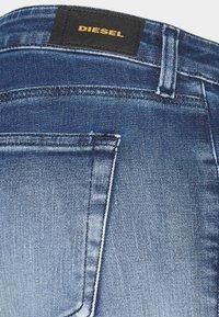 Diesel - SLANDY-LOW-ZIP - Jeans Skinny - bleached indigo - 2