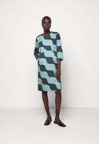 Marimekko - OLKOON TAIFUUNI DRESS - Day dress - turquoise/green - 1