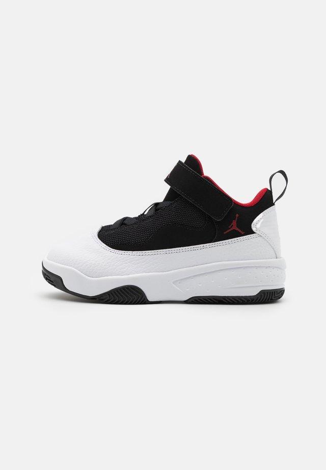 MAX AURA 2 UNISEX - Basketballschuh - white/gym red/black