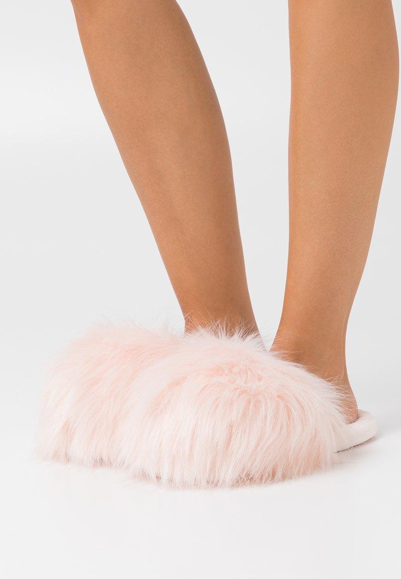 South Beach - TOP UP - Pantofole - pink