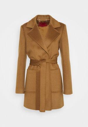 SRUN - Krótki płaszcz - brown