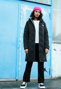 Vans - Płaszcz zimowy - black - 3