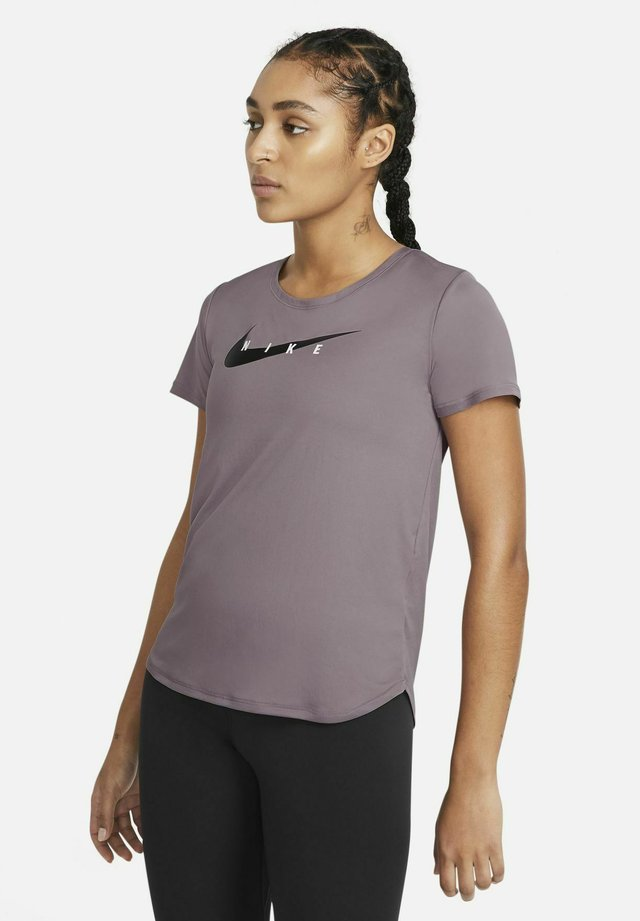 RUN - T-shirt med print - purple smoke