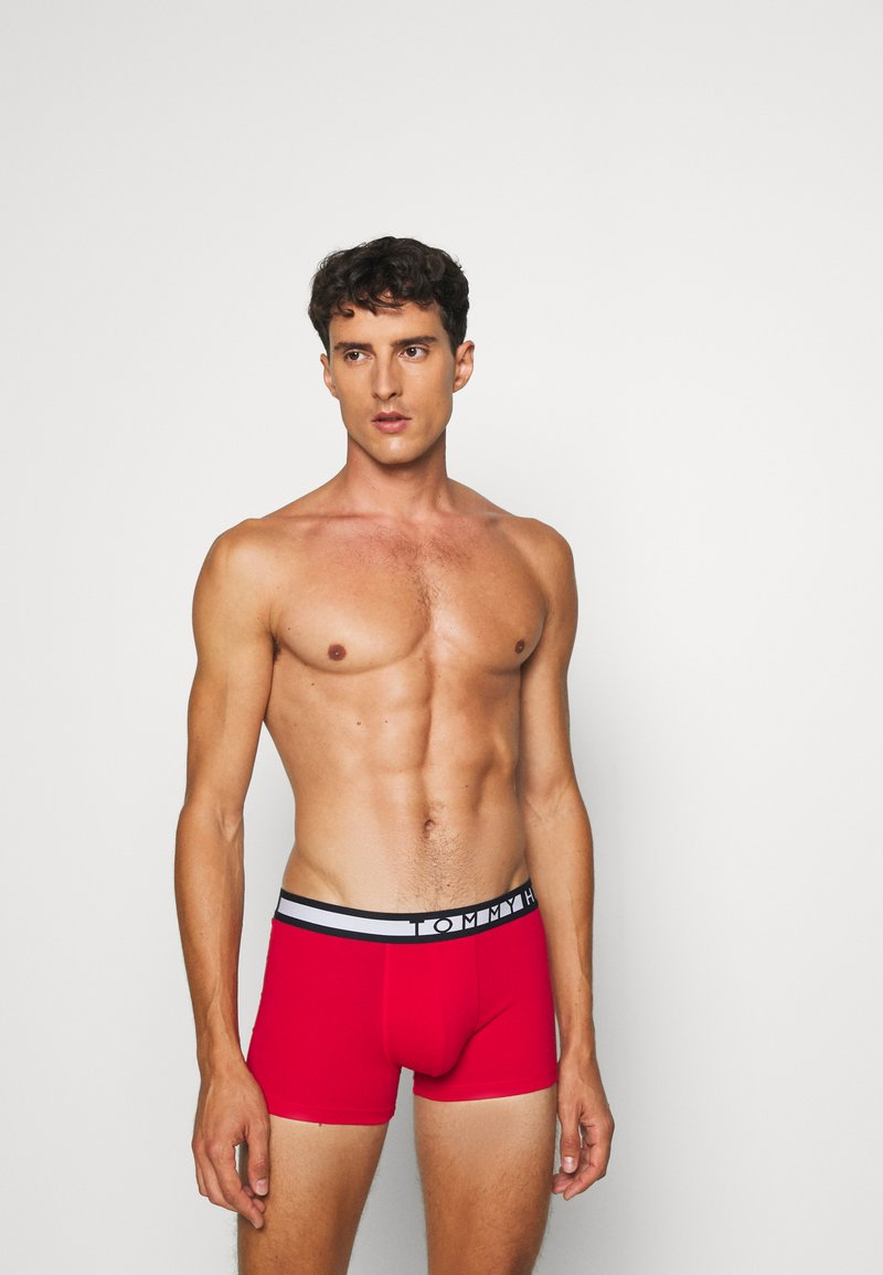 Tommy Hilfiger - TRUNK  3 PACK - Shorty - green/black/red