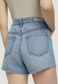 TOM TAILOR DENIM - Denim shorts - destroyed bleached blue denim - 4