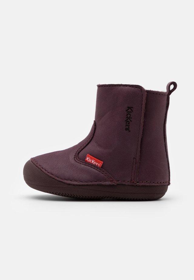 SOCOOL CHO UNISEX - Bottines - violet fonce