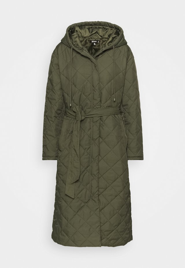 HOODED DIAMOND QUILTED COAT - Classic coat - khaki
