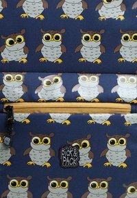 pick & PACK - OWL - Wheeled suitcase - blue - 4