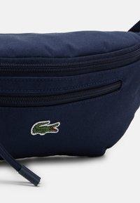 Lacoste - WAIST BAG UNISEX - Bum bag - navy - 3