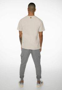 NXG by Protest - PENNAL - Print T-shirt - kit - 4