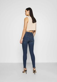 Vero Moda - VMSOPHIA SKINNY - Jeans Skinny Fit - dark blue denim - 2