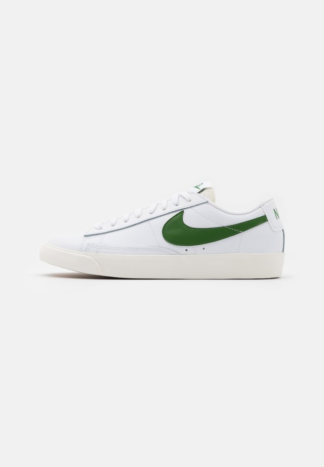 BLAZER - Sneakers laag - white/forest green/sail