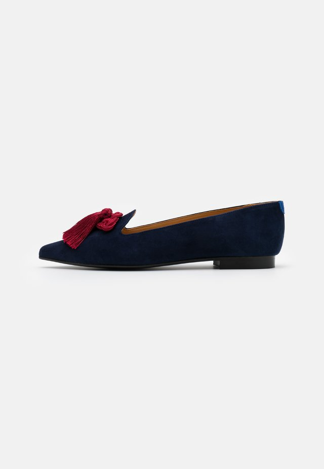POINTY - Slip-ons - navy/bordeaux