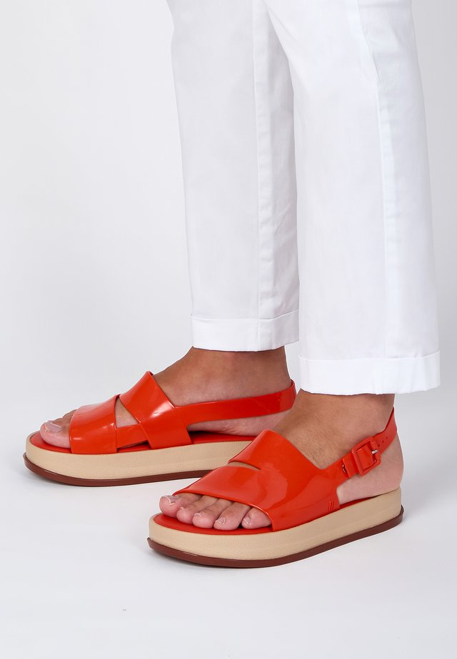 Platform sandals - red/beige/brown
