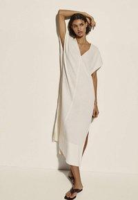 Massimo Dutti - Day dress - beige - 0