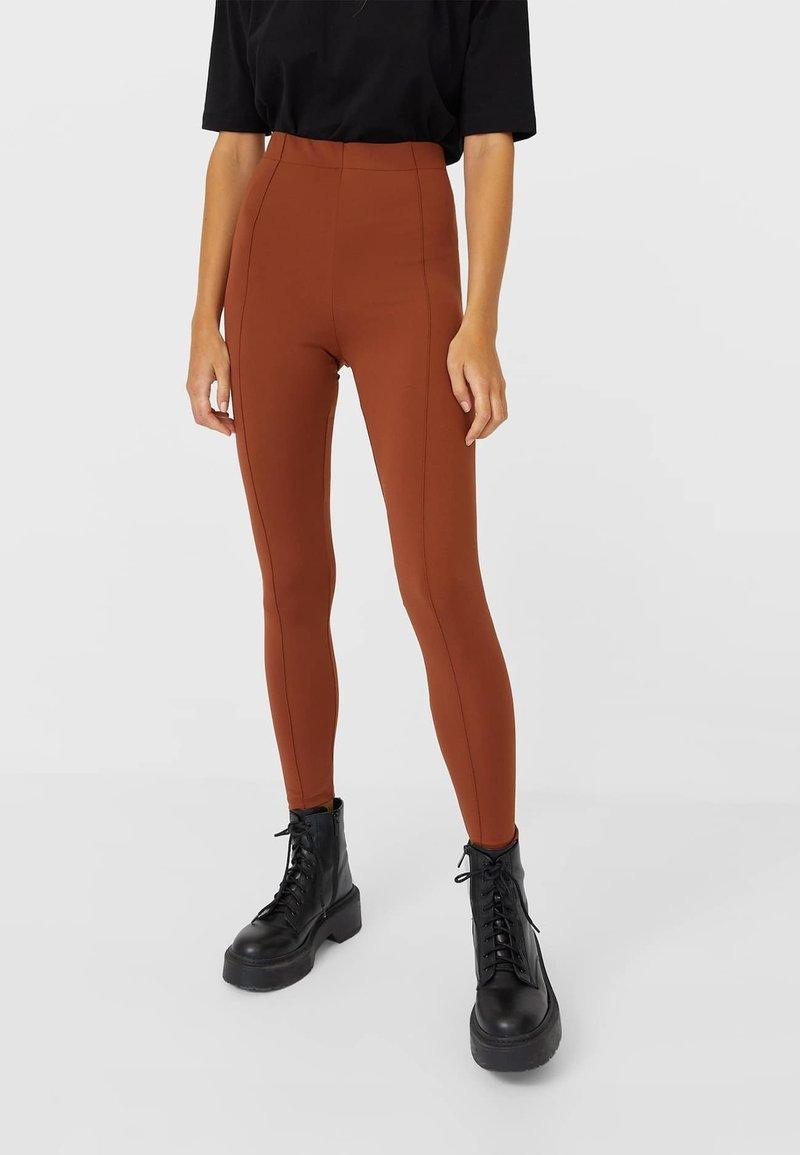 Stradivarius - Leggings - Trousers - light brown