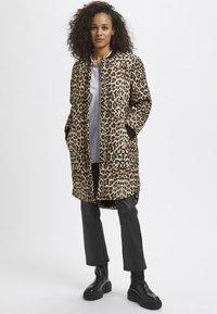 Kaffe - Winter coat - light brown leo print - 0