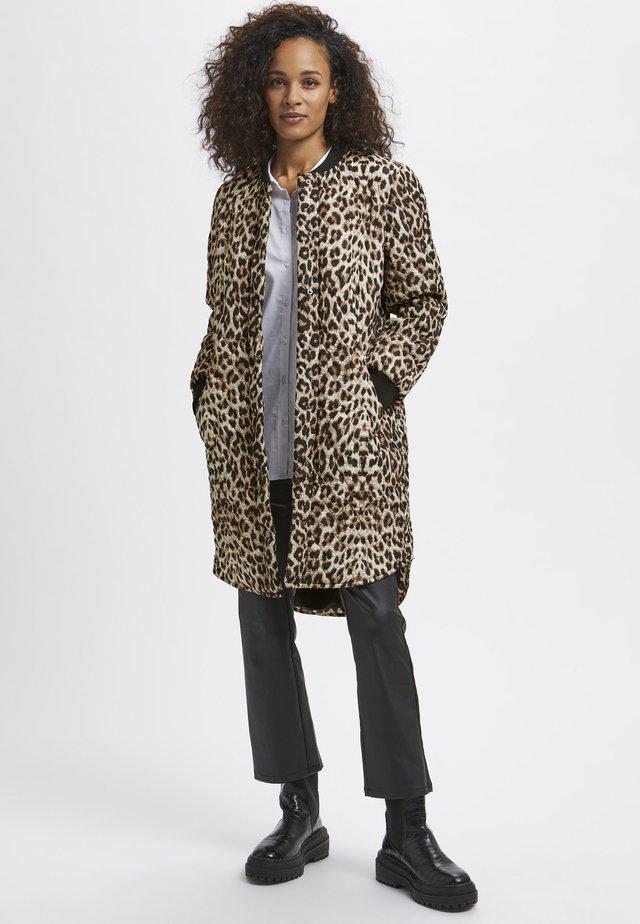 Płaszcz zimowy - light brown leo print