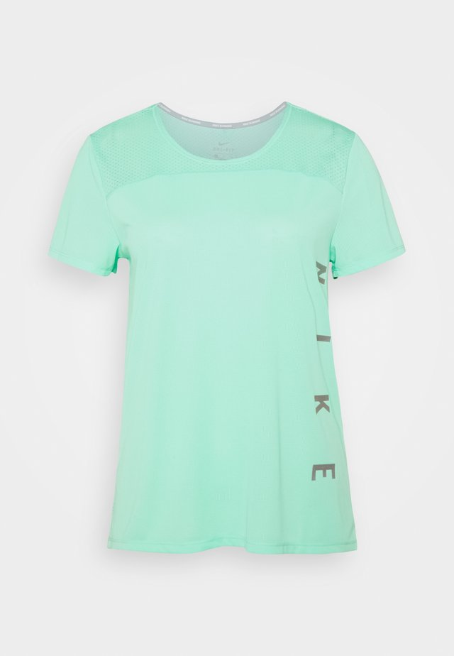 RUN MILER  - T-shirt imprimé - green glow/white
