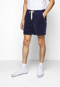 Polo Ralph Lauren - CLASSIC FIT PREPSTER SHORT - Shorts - boathouse navy - 0