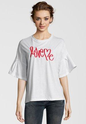 LOVE ME - Print T-shirt - white