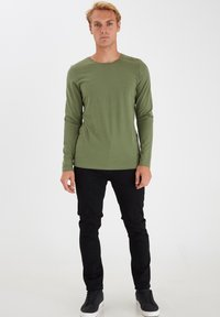Casual Friday - THEO LS  - Long sleeved top - olivine - 1
