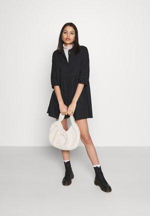 VMSISI DRESS - Skjortekjole - black