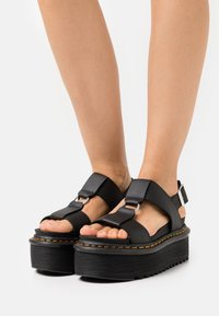 Dr. Martens - FRANCIS - Platform sandals - black hydro - 0