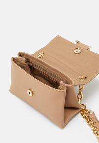 Forever New - DELTA MINI CROSSBODY - Across body bag - nude - 2