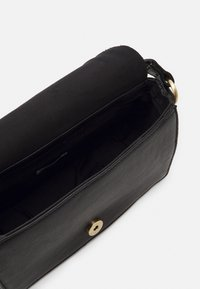 DAY ET - AMMAN - Across body bag - black - 2