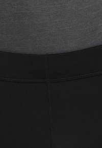 ASICS - SILVER KNEE TIGHT - 3/4 sports trousers - performance black - 3
