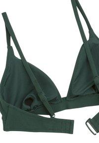 OYSHO - TEXTURIERTES TRIANGEL-BIKINIOBERTEIL 30712139 - Bikini top - evergreen - 6
