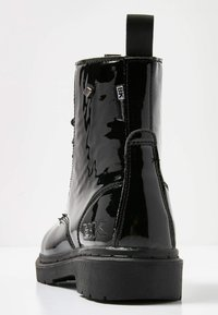 British Knights - Lace-up ankle boots - black shiny - 4