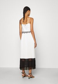 TWINSET - ABITO LUNGO SPALLINE - Cocktail dress / Party dress - neve/nero - 2