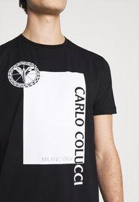 Carlo Colucci - BLOCK - Print T-shirt - black - 4