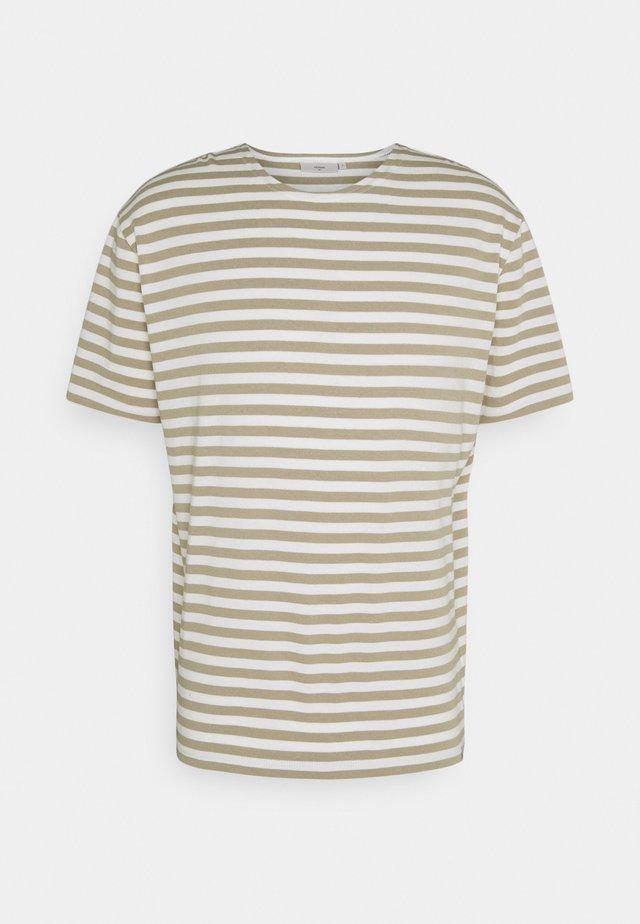 ORVIS  - T-shirt con stampa - seneca rock