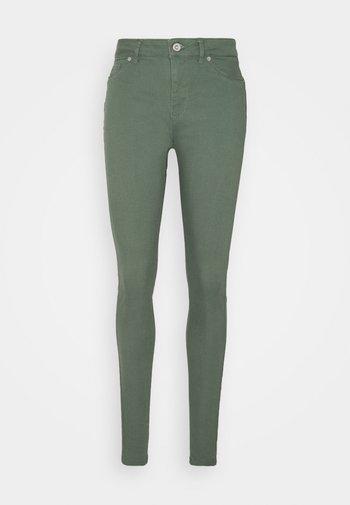 VMHOT SEVEN PANT - Trousers - laurel wreath