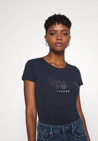 Pepe Jeans - ANNA - Print T-shirt - admiral - 3
