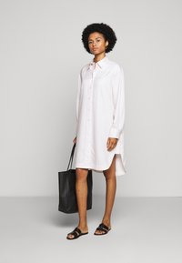 Filippa K - VIV DRESS - Košilové šaty - faded pink - 1