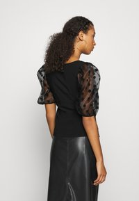 River Island - DOTTED ORGANZA SLEEVE BLOUSE - Camicetta - black - 2