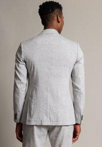 WORMLAND - Suit jacket - hellgrau - 2