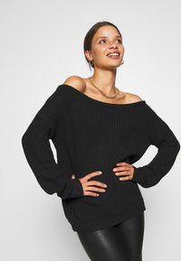 Missguided Petite - OPHELITA OFF SHOULDER JUMPER - Jumper - black - 4