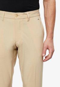 J.LINDEBERG - ELLOTT MICRO - Pantalon classique - safari beige - 3