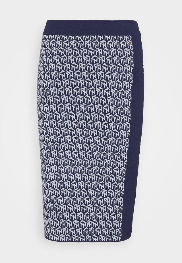 CUBE KNEE LENGTH SKIRT - Jupe crayon - yale navy/breezy blue